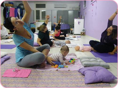 NamaskarYoga-I Yoga para mãe, carinho para os bebês = assim é o babyoga